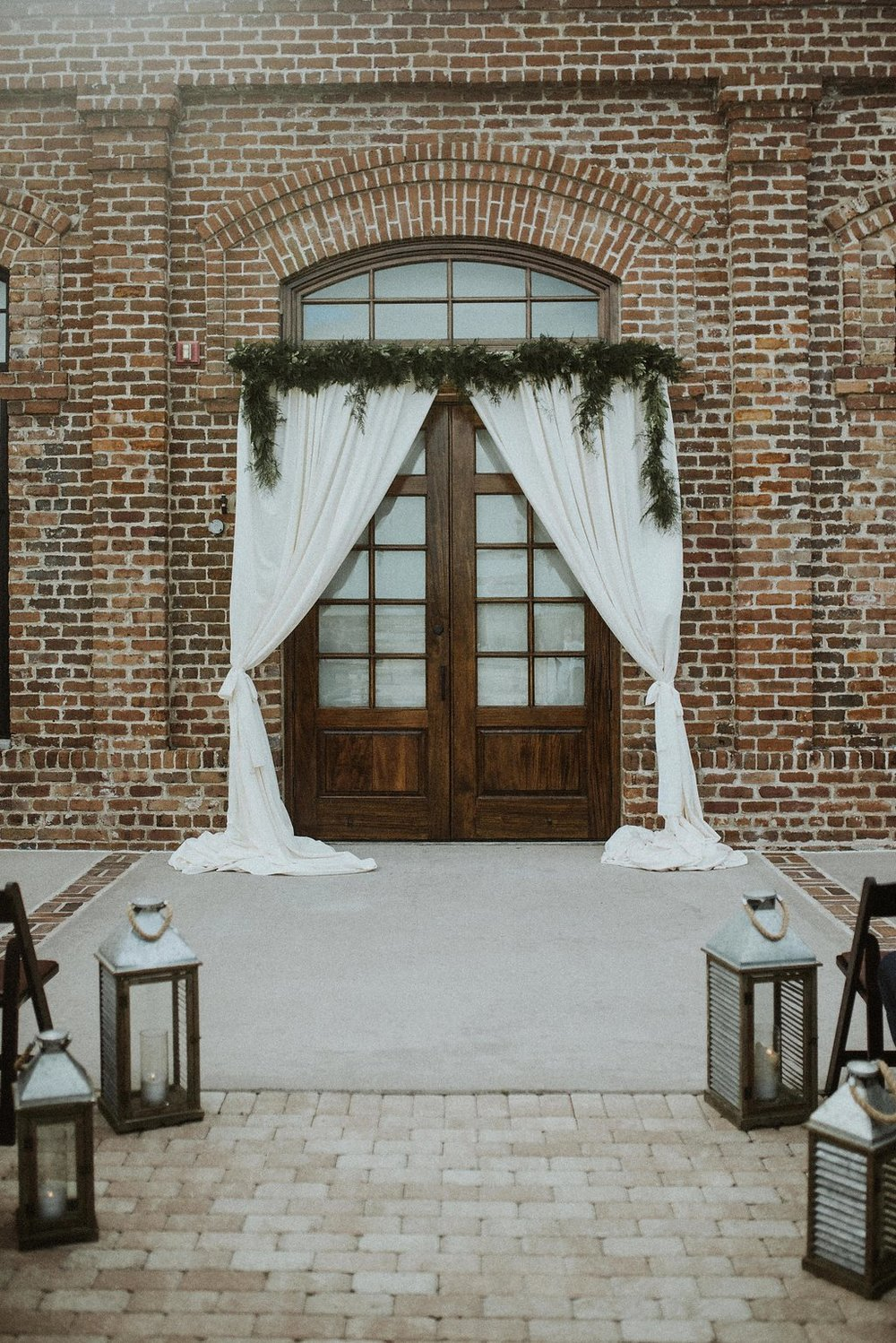 ivory-and-beau-bridal-boutique-savannah-wedding-dress-savannah-wedding-gown-savannah-bridal-boutique-savannah-bridesmaids-savannah-florist-savannah-florals-savannah-wedding-flowers-savannah-wedding-planner-savannah-wedding-coordinator-24.jpg
