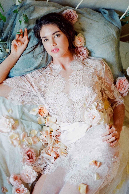 Wedding earrings lace dress