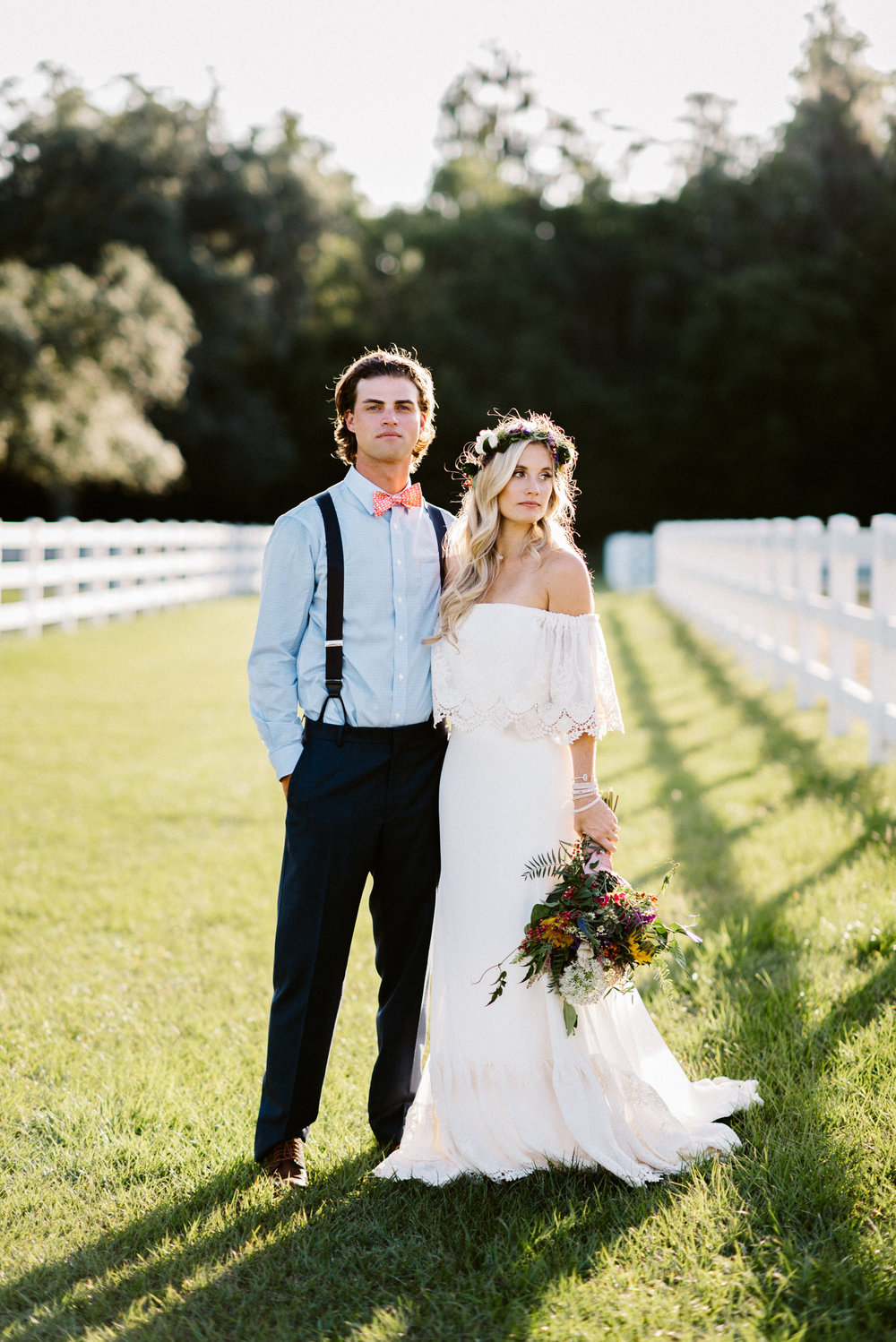 BROOKE'S WOODLAND FALL BOHEMIAN ON A FARM WEDDING