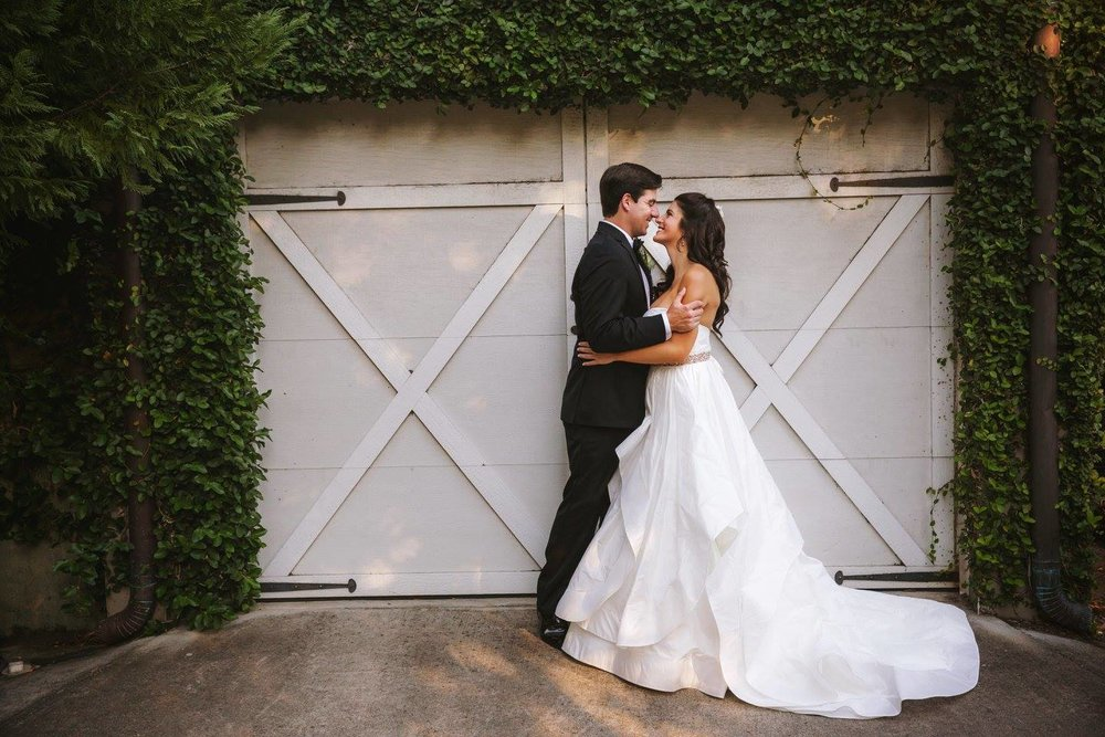 ARIEL'S CLASSIC TRADITIONAL SAVANNAH WEDDING