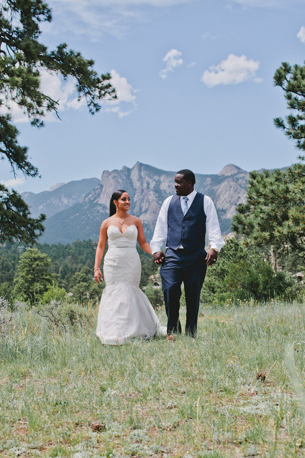 BRITTNEY'S COLORADO MOUNTAIN WEDDING
