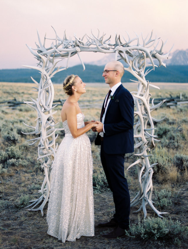 OLIVE'S WILD DESTINATION WEDDING AT PIONEER PARK IN IDAHO