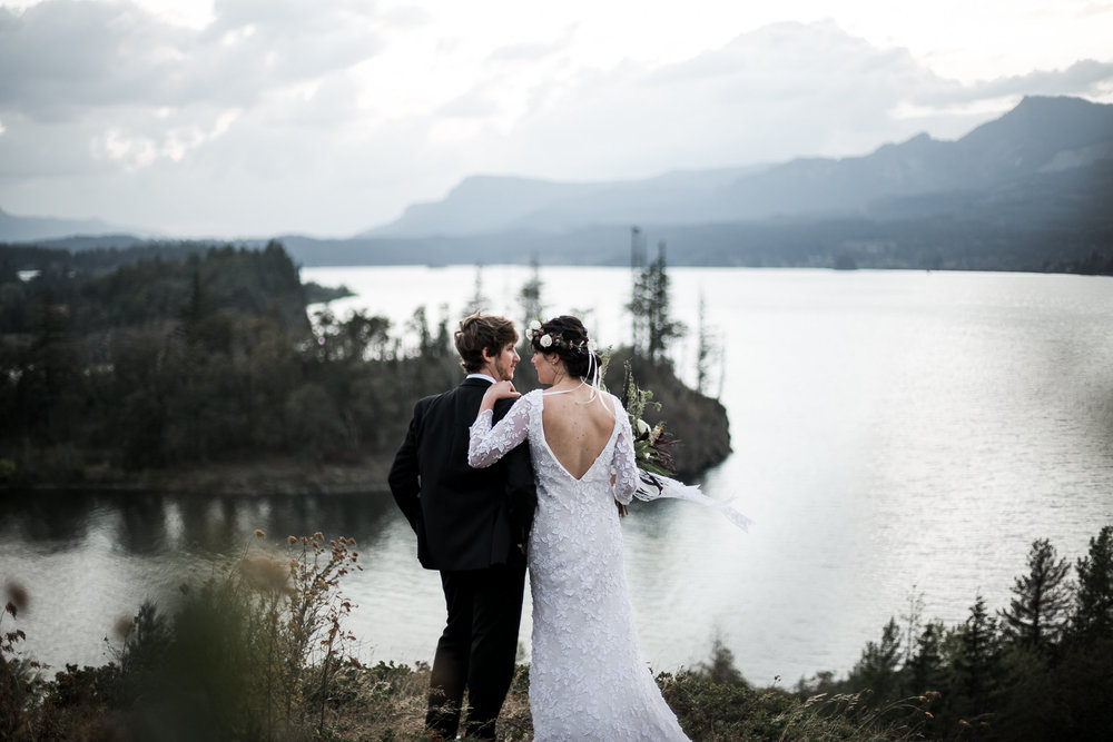 kristin-lena-medoyeff-ivory-and-beau-savannah-bridal-boutique-savannah-wedding-dresses-long-sleeve-wedding-dress.jpg