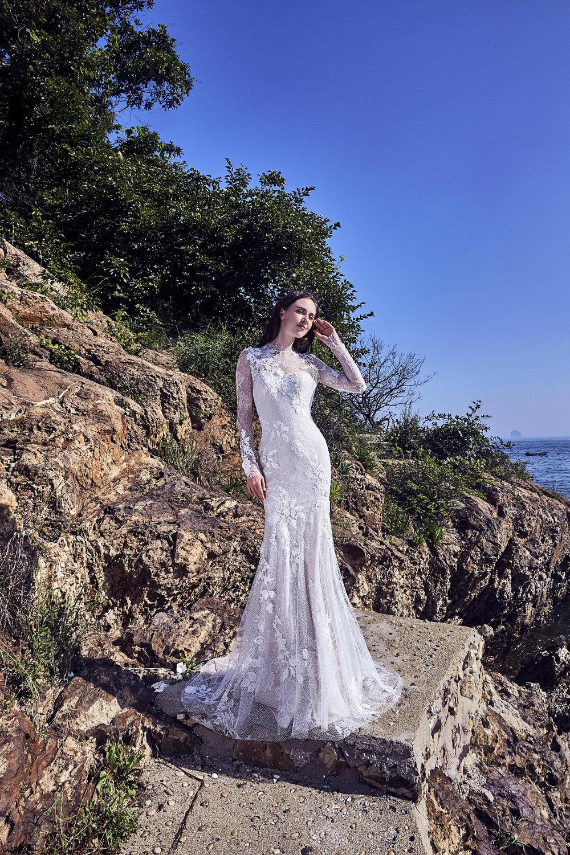 LONG-SLEEVE-WEDDING-DRESS-CHIC-NOSTALGIA-IVORY-AND-BEAU-SAVANNAH-BRIDAL-BOUTIQUE-SAVANNAH-WEDDING-DRESSES-SAVANNAH-BRIDAL-BOUTIQUE-SAVANNAH-BRIDAL-SHOP.jpg