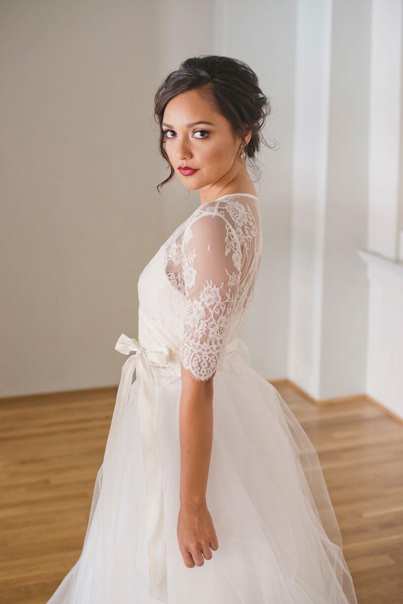 NR2017_Leah_Elle_kathryn-bass-bridal-boutique-savannah-bridal-shop-ivory-and-beau-savannah-wedding-dresses-long-sleeve-wedding-dresses-affordable-designer-wedding-dresses.jpeg