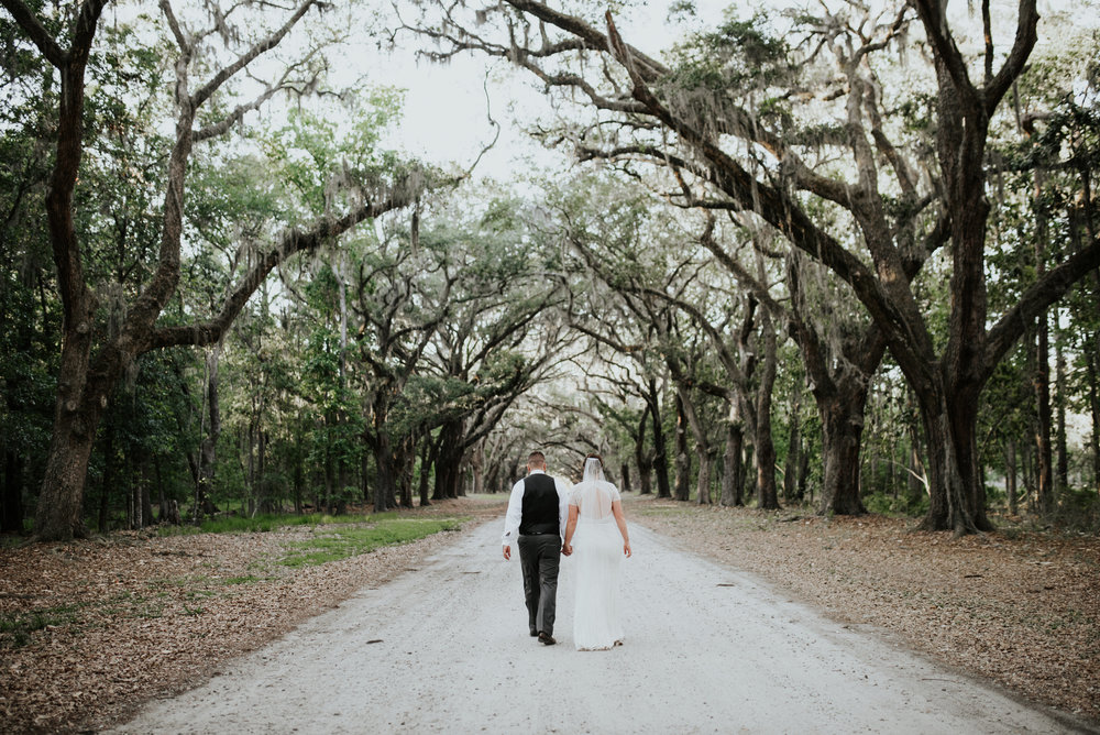 ivory-and-beau-bridal-boutique-savannah-bridal-boutique-savannah-wedding-coordinator-savannah-wedding-planner-16.jpg