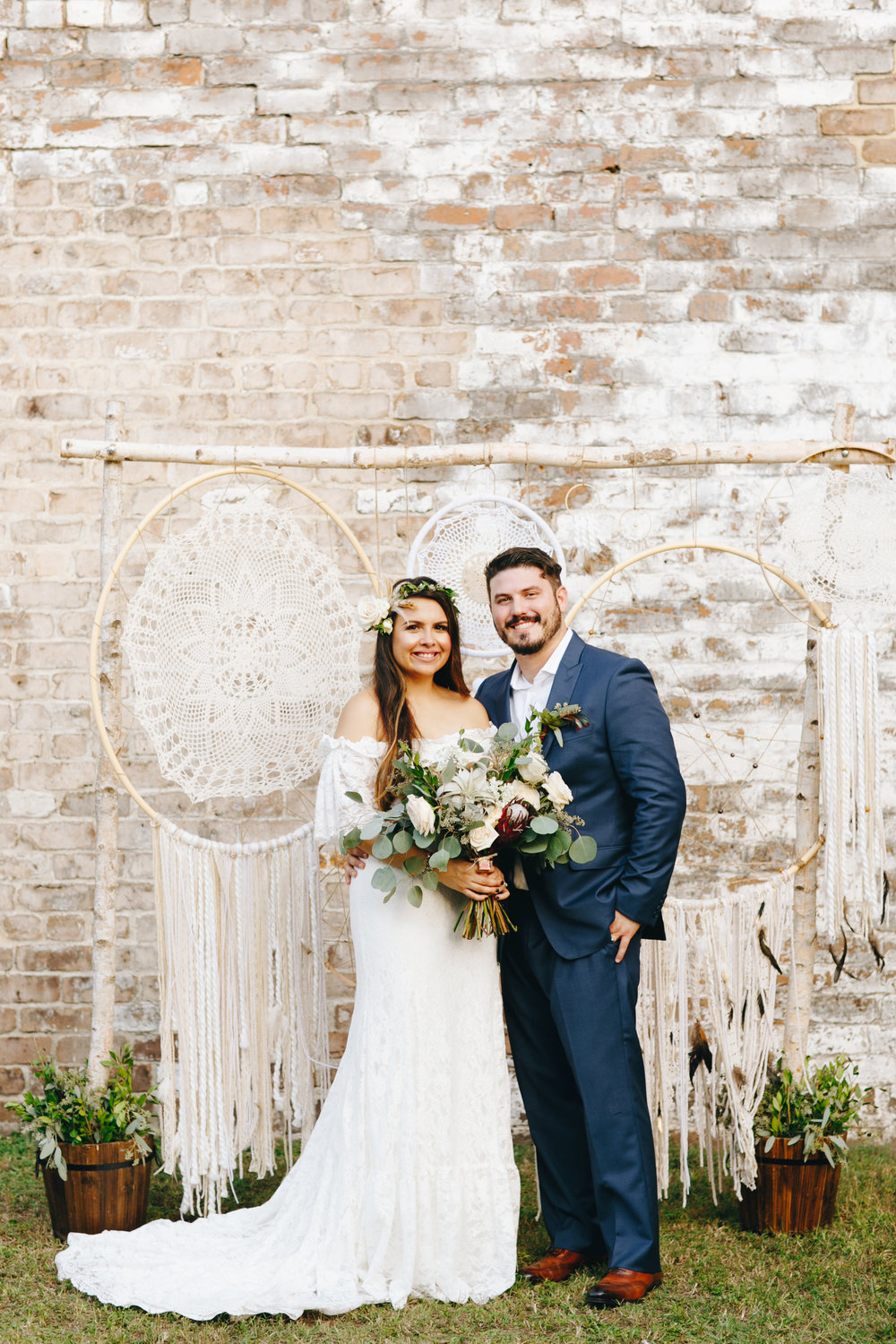 LISSETTE'S ROMANTIC ROUNDHOUSE WEDDING
