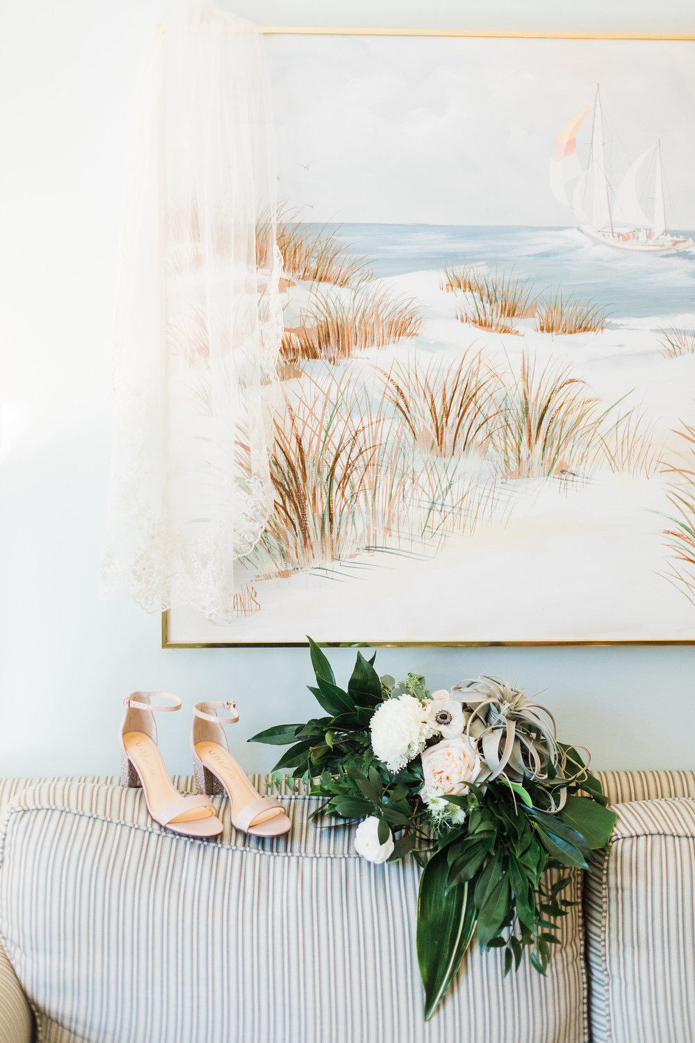 ivory-and-beau-bridal-boutique-savannah-bridal-boutique-savannah-florist-hilton-head-island-wedding-apt-b-photography-2.JPG