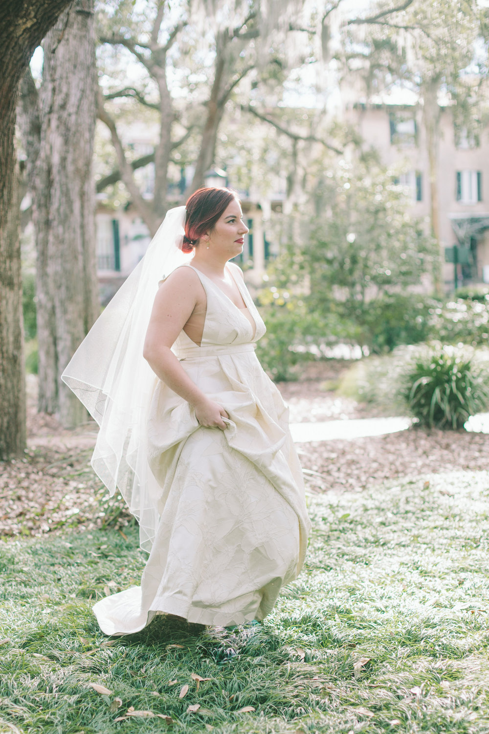 ivory-and-beau-bridal-boutique-jenna-davis-photography-kinsley-rebecca-schoneveld-savannah-bridal-boutique-savannah-bridal-shop-savannah-wedding-dresses-savannah-wedding-photographer-7.jpg