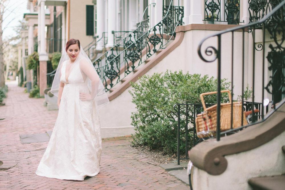 ivory-and-beau-bridal-boutique-jenna-davis-photography-kinsley-rebecca-schoneveld-savannah-bridal-boutique-savannah-bridal-shop-savannah-wedding-dresses-savannah-wedding-photographer-9.jpg