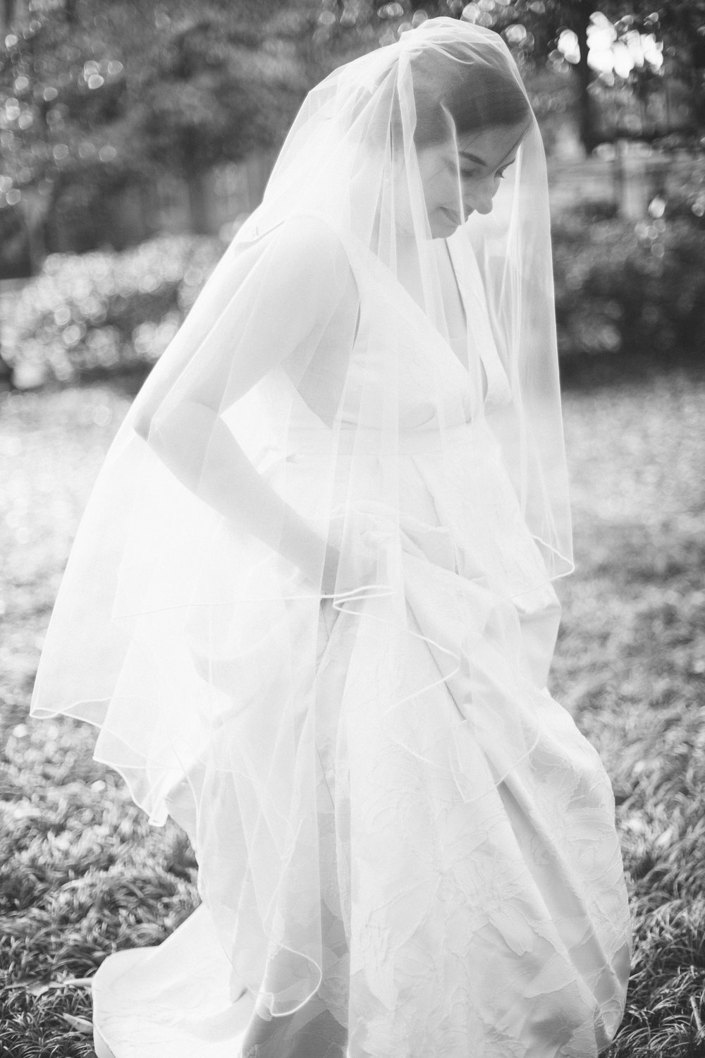 ivory-and-beau-bridal-boutique-jenna-davis-photography-kinsley-rebecca-schoneveld-savannah-bridal-boutique-savannah-bridal-shop-savannah-wedding-dresses-savannah-wedding-photographer-11.jpg