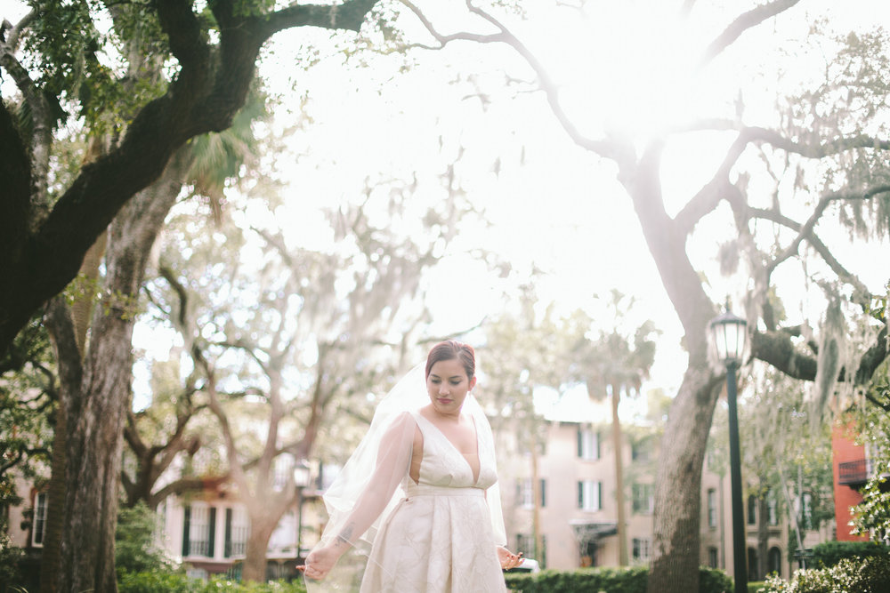 ivory-and-beau-bridal-boutique-jenna-davis-photography-kinsley-rebecca-schoneveld-savannah-bridal-boutique-savannah-bridal-shop-savannah-wedding-dresses-savannah-wedding-photographer-13.jpg