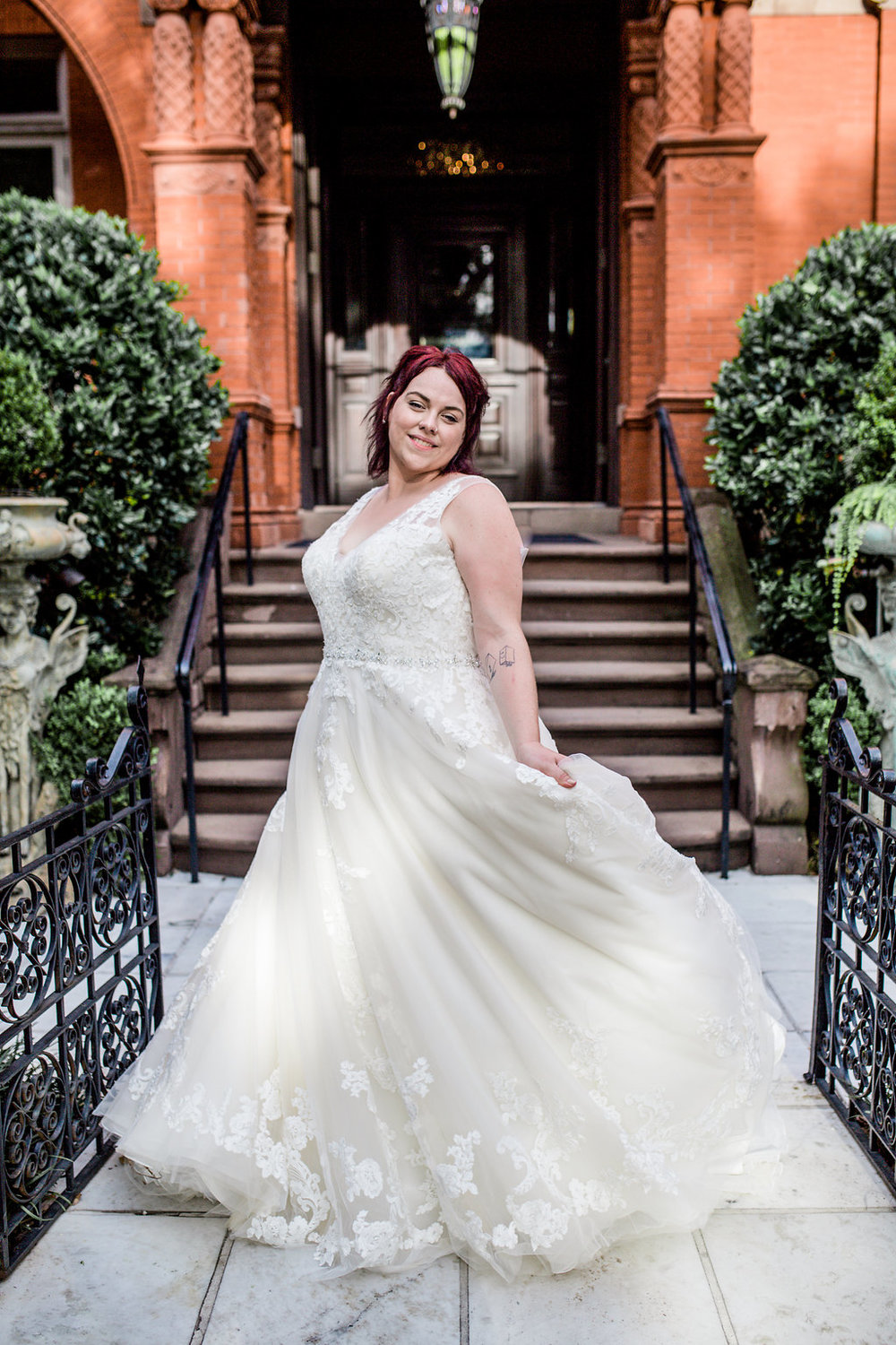 ivory-and-beau-bridal-boutique-alexis-sweet-photography-plus-sized-wedding-gowns-savannah-ga-plus-sized-wedding-dress-savannah-ga-4.jpg