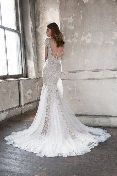 ti-adora-bridal-spring-2018-style-7810-roselyn_3.jpg