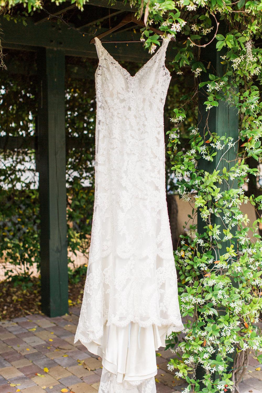 ivory-and-beau-bridal-boutique-jim-and-melanie-marianne-lucille-photography-oldfield-plantation-wedding-beautfort-inn-wedding-3.jpg
