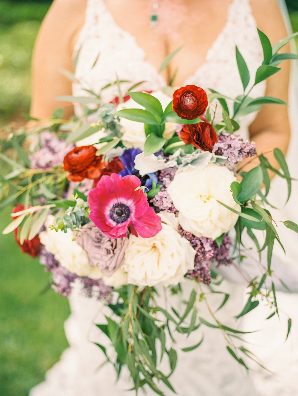 ivory-and-beau-bridal-boutique-jim-and-melanie-marianne-lucille-photography-oldfield-plantation-wedding-beautfort-inn-wedding-9.jpg