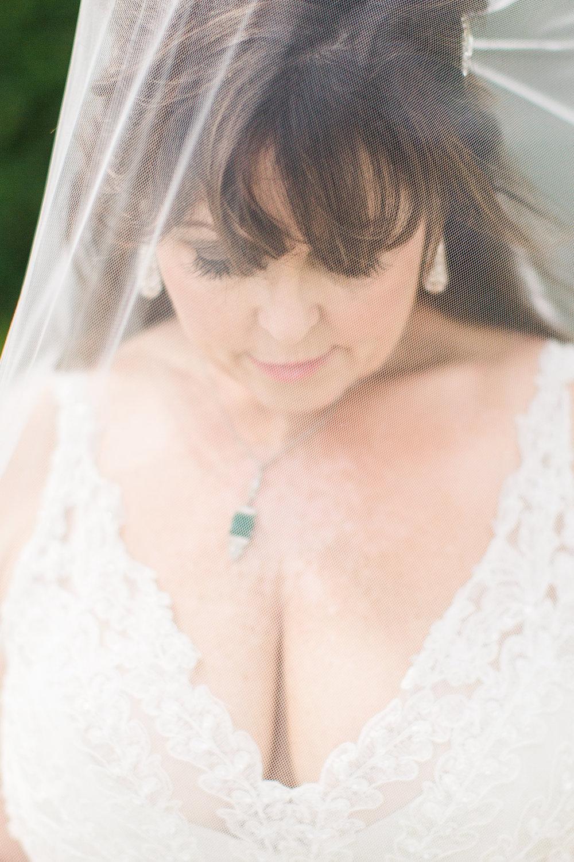 ivory-and-beau-bridal-boutique-jim-and-melanie-marianne-lucille-photography-oldfield-plantation-wedding-beautfort-inn-wedding-10.jpg