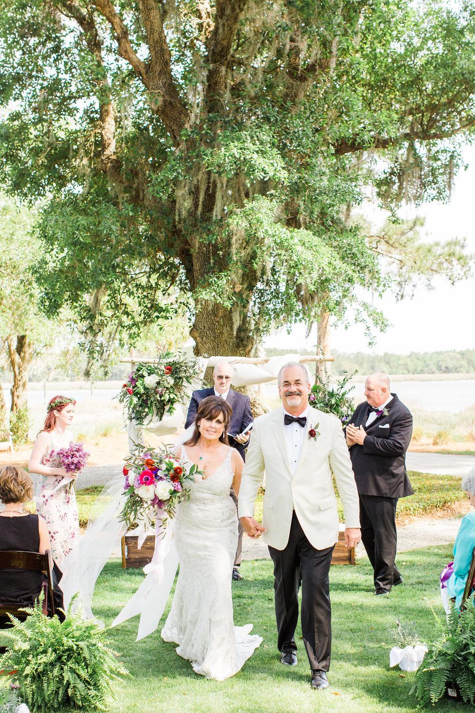 ivory-and-beau-bridal-boutique-jim-and-melanie-marianne-lucille-photography-oldfield-plantation-wedding-beautfort-inn-wedding-23.jpg