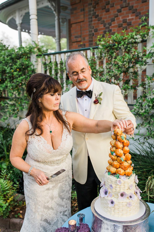 ivory-and-beau-bridal-boutique-jim-and-melanie-marianne-lucille-photography-oldfield-plantation-wedding-beautfort-inn-wedding-34.jpg