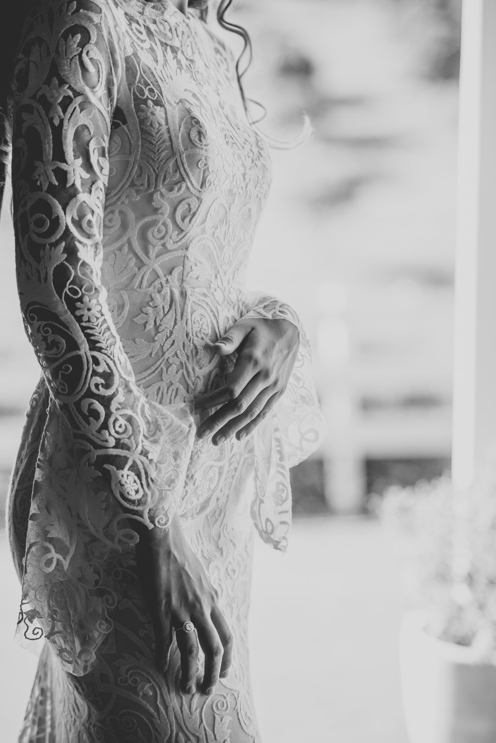 ivory-and-beau-bridal-boutique-when-freddie-met-lilly-trunk-show-bespoke-trunk-show-long-sleeved-wedding-gown-5.jpg