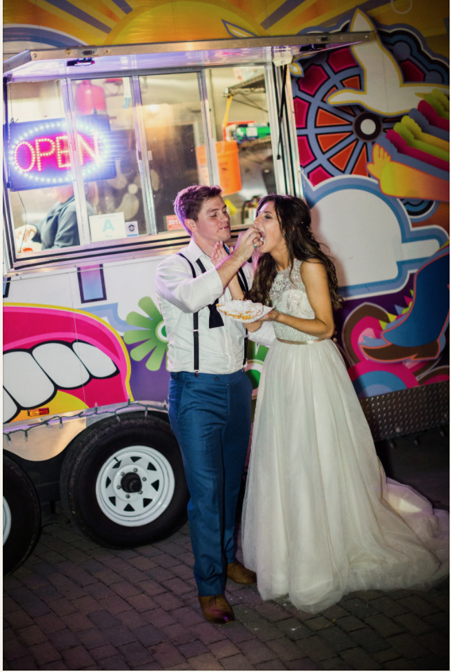 ivory-and-beau-bridal-boutique-vitor-lindo-photography-apt-b-photography-food-truck-wedding-savannah-food-trucks-2.png