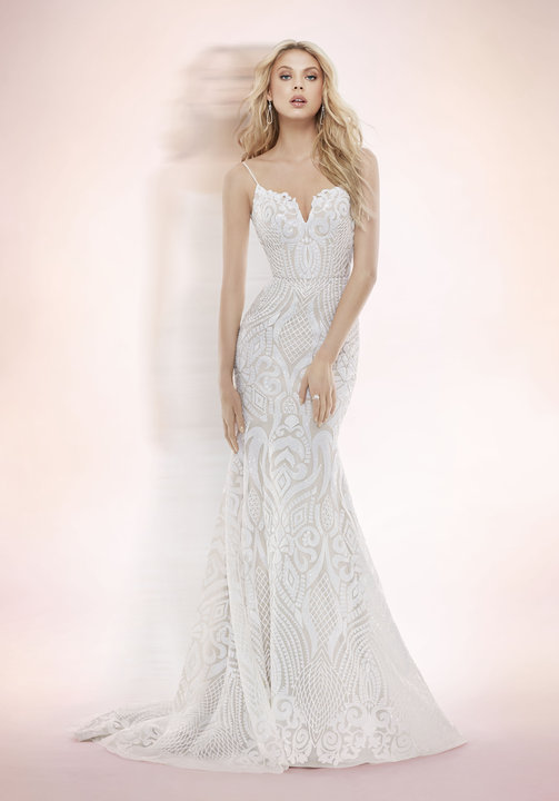 ivory-and-beau-bridal-boutique-zodiac-wedding-style-savannah-wedding-gowns-savannah-wedding-dresses-earnest-loans-9.jpg