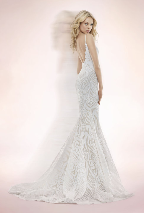 ivory-and-beau-bridal-boutique-zodiac-wedding-style-savannah-wedding-gowns-savannah-wedding-dresses-earnest-loans-10.jpg