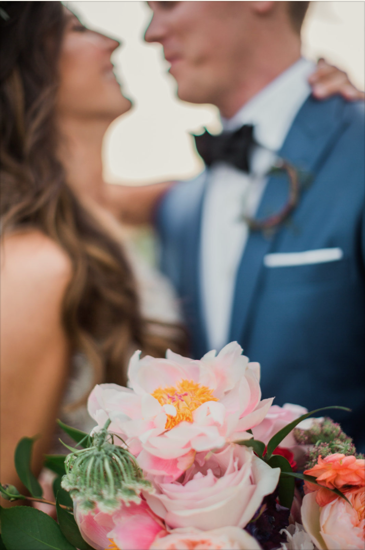 ivory-and-beau-bridal-boutique-natalie-and-stephen-vitor-lindo-photography-westin-savannah-wedding-10.png