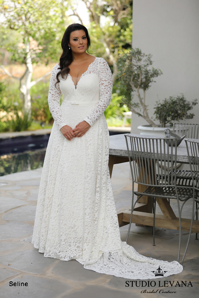 savannah-Plus-size-wedding-gowns-ivory-and-beau-wedding-dress-savannah-bride-plus-size-dress-plus-size-bride.jpeg