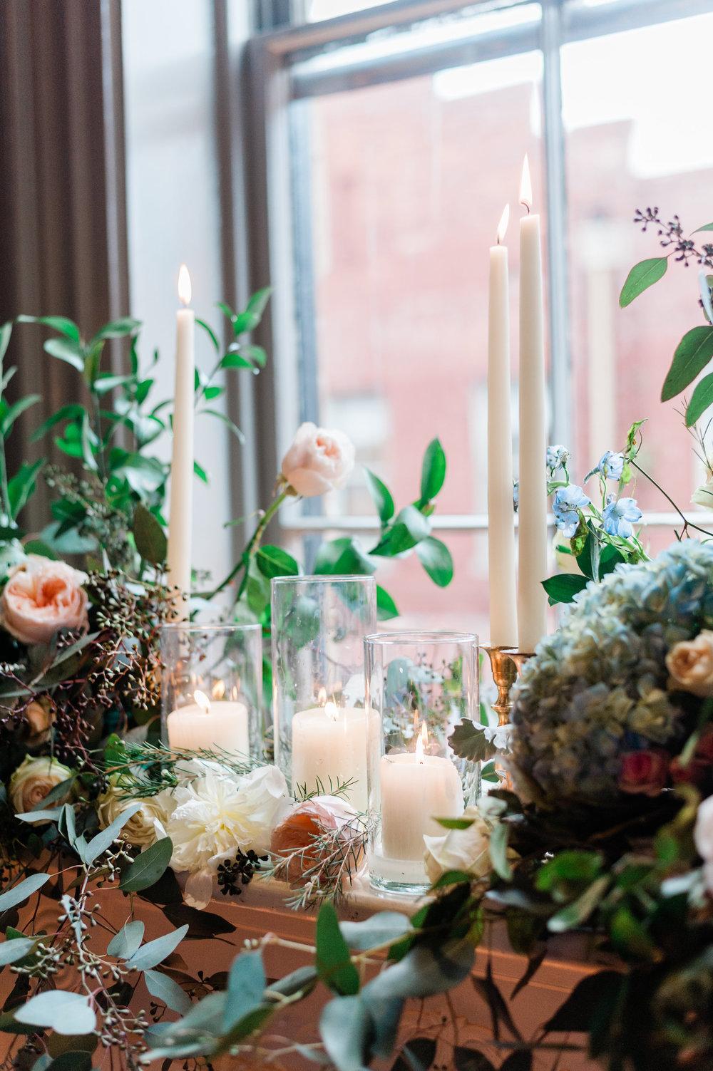 ivory-and-beau-bridal-boutique-i-and-b-florals-kim-and-luke-apt-b-photography-garibaldis-cafe-savannah-savannah-vintage-rentals-14.JPG