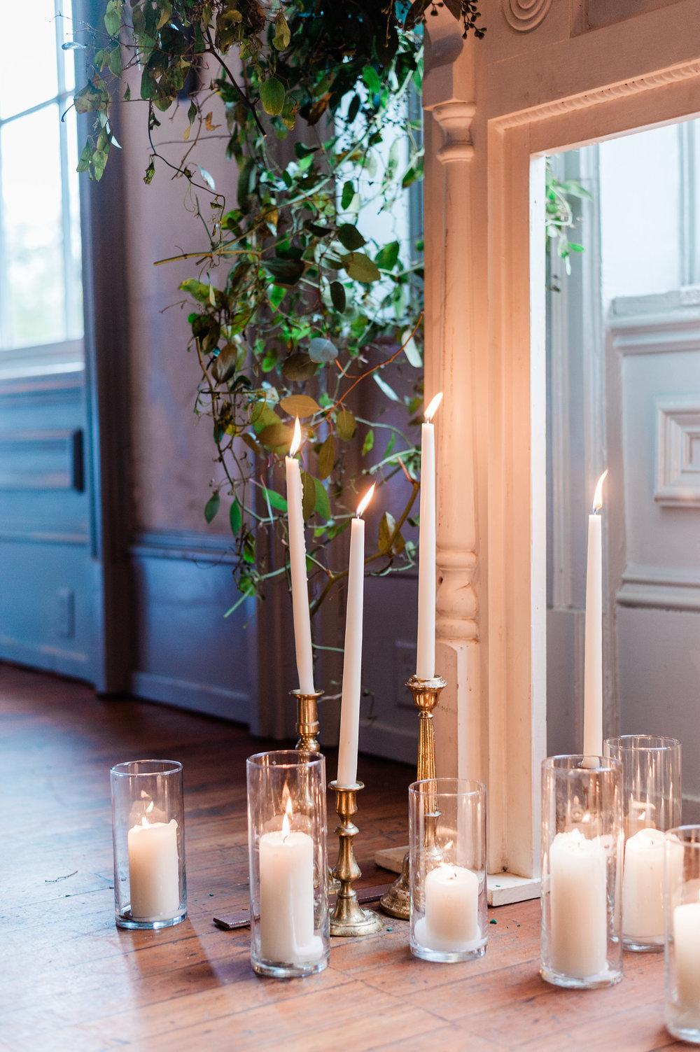 ivory-and-beau-bridal-boutique-i-and-b-florals-kim-and-luke-apt-b-photography-garibaldis-cafe-savannah-savannah-vintage-rentals-15.JPG