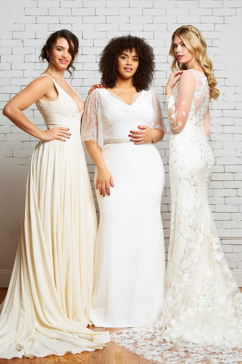 savannah-bridal-shop-ivory-and-beau-bridal-boutique-plus-size-trunk-show-plus-size-wedding-dresses-rebecca-schoneveld-trunk-show-1.jpeg