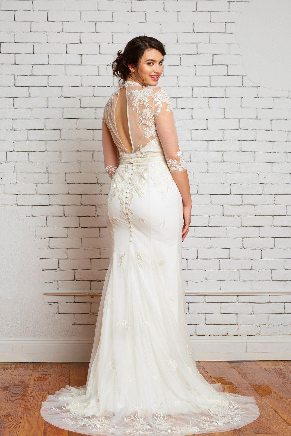 savannah-bridal-shop-ivory-and-beau-bridal-boutique-plus-size-trunk-show-plus-size-wedding-dresses-rebecca-schoneveld-trunk-show-5.jpg