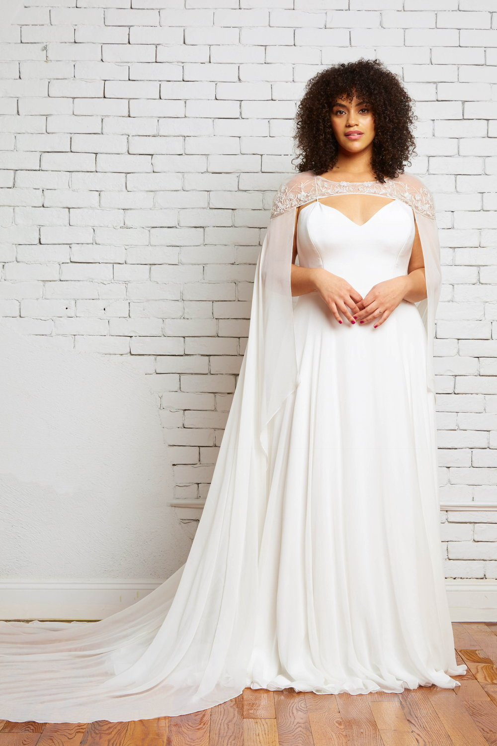 savannah-bridal-shop-ivory-and-beau-bridal-boutique-plus-size-trunk-show-plus-size-wedding-dresses-rebecca-schoneveld-trunk-show-9.jpeg