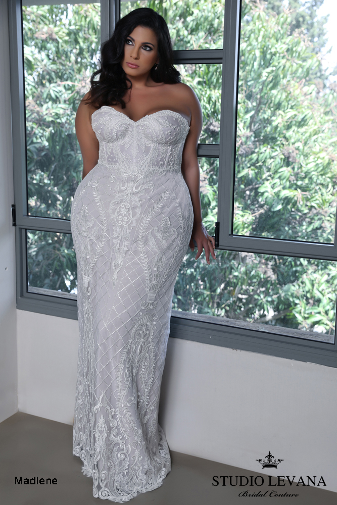 savannah-bridal-shop-ivory-and-beau-bridal-boutique-plus-size-trunk-show-plus-size-wedding-dresses-studio-levana-curvy-enchanted-2.JPG