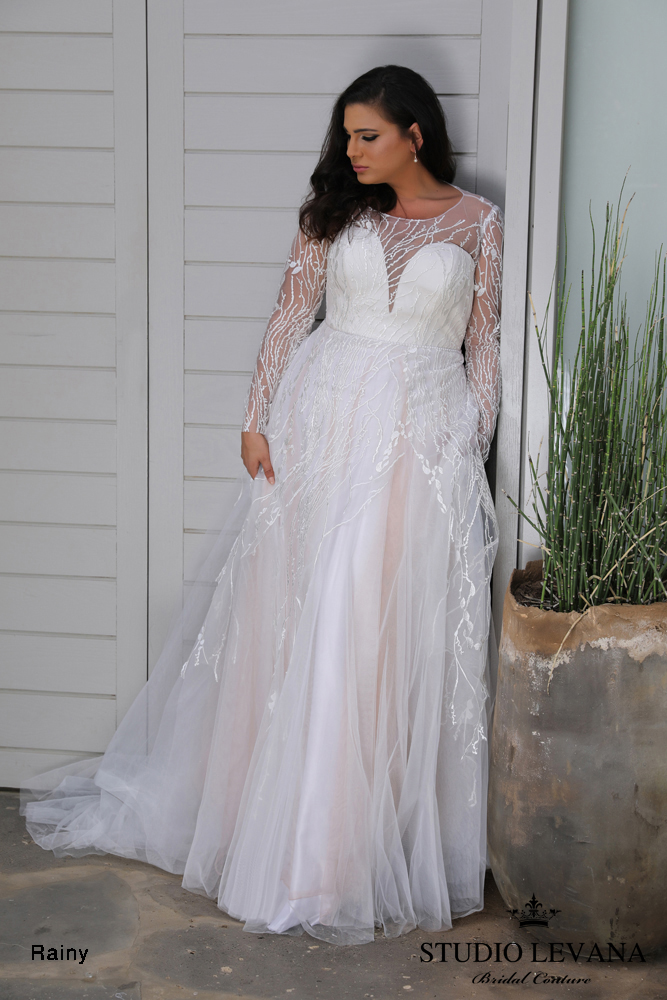 savannah-bridal-shop-ivory-and-beau-bridal-boutique-plus-size-trunk-show-plus-size-wedding-dresses-studio-levana-curvy-enchanted-6.JPG