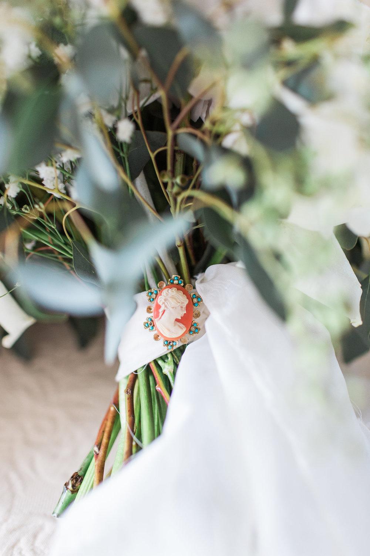 savannah-bridal-shop-ivory-and-beau-bridal-boutique-savannah-florist-apt-b-photography-whitfield-square-wedding-lady-and-sons-7.JPG