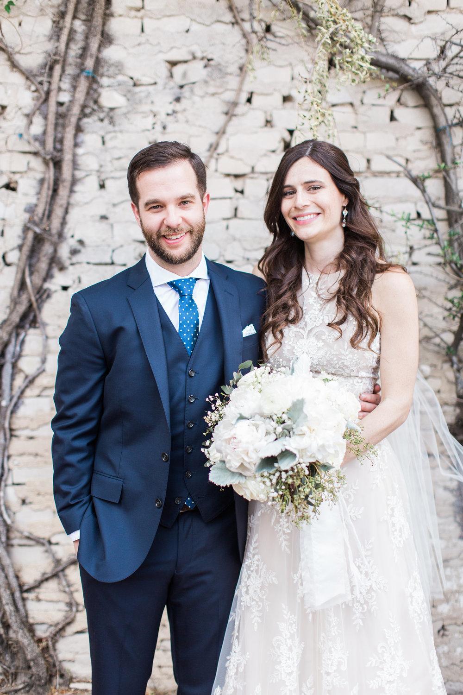 savannah-bridal-shop-ivory-and-beau-bridal-boutique-savannah-florist-apt-b-photography-whitfield-square-wedding-lady-and-sons-20.JPG