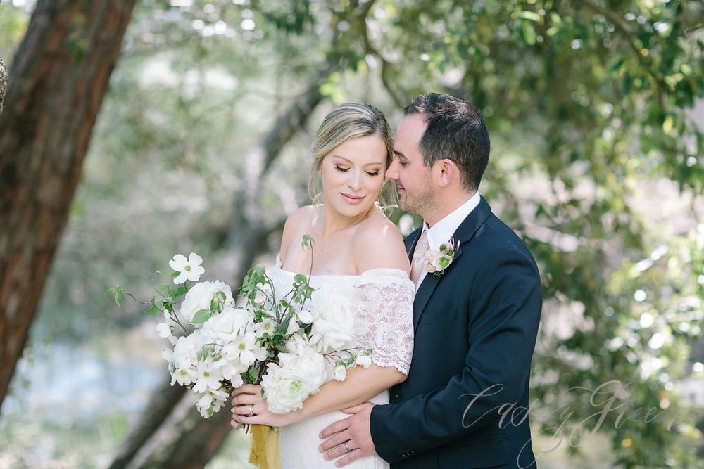 savannah-bridal-shop-ivory-and-beau-bridal-boutique-casey-green-photography-tybee-island-chapel-wedding-planning-mistakes-1.jpg