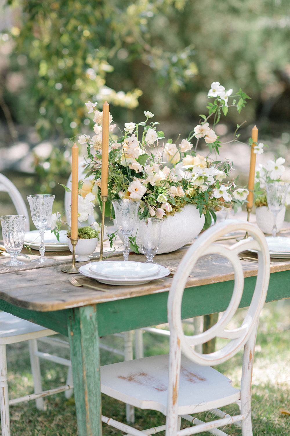 savannah-bridal-shop-ivory-and-beau-bridal-boutique-casey-green-photography-tybee-island-chapel-wedding-planning-mistakes-7.jpg