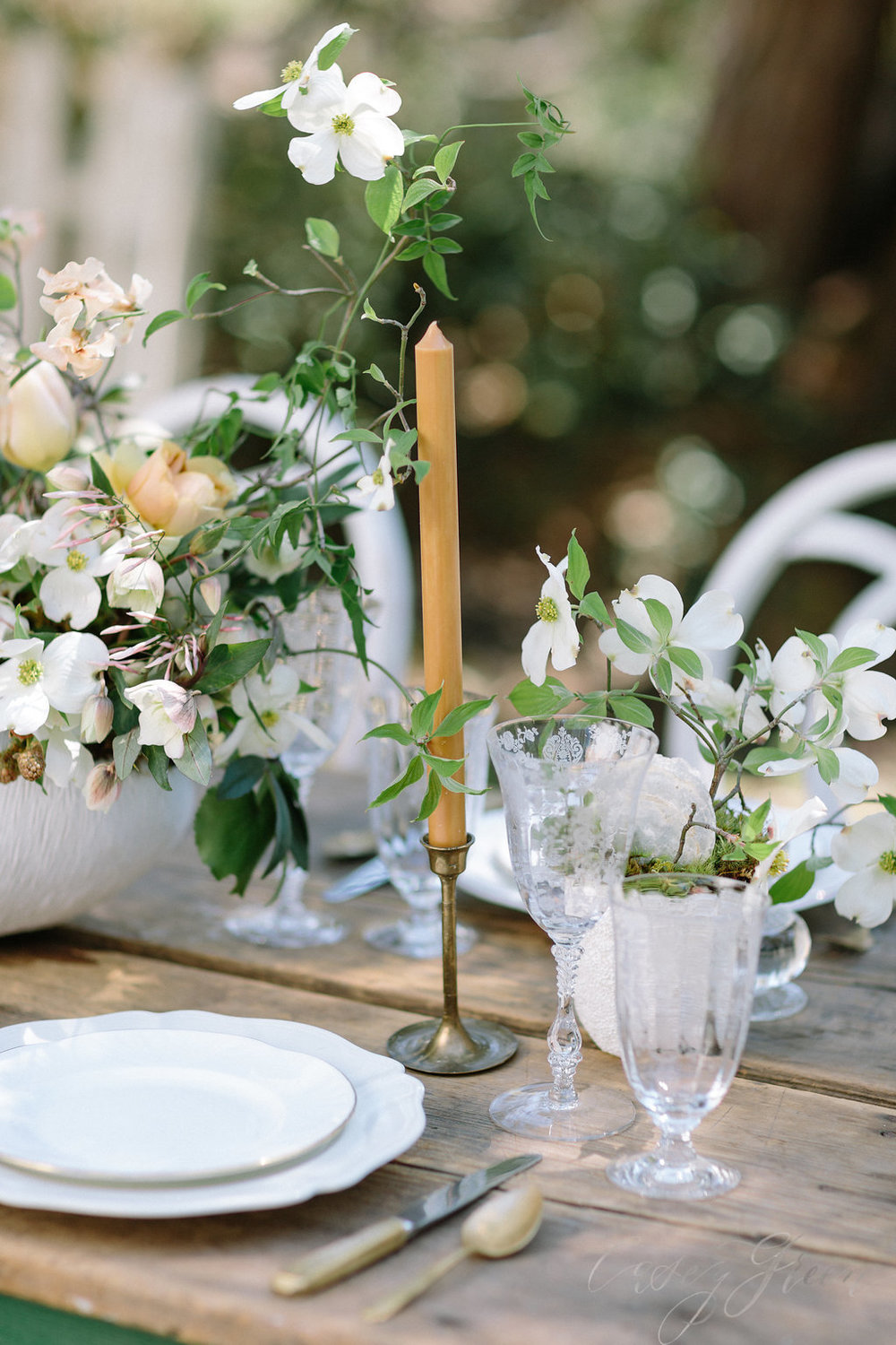 savannah-bridal-shop-ivory-and-beau-bridal-boutique-casey-green-photography-tybee-island-chapel-wedding-planning-mistakes-11.jpg