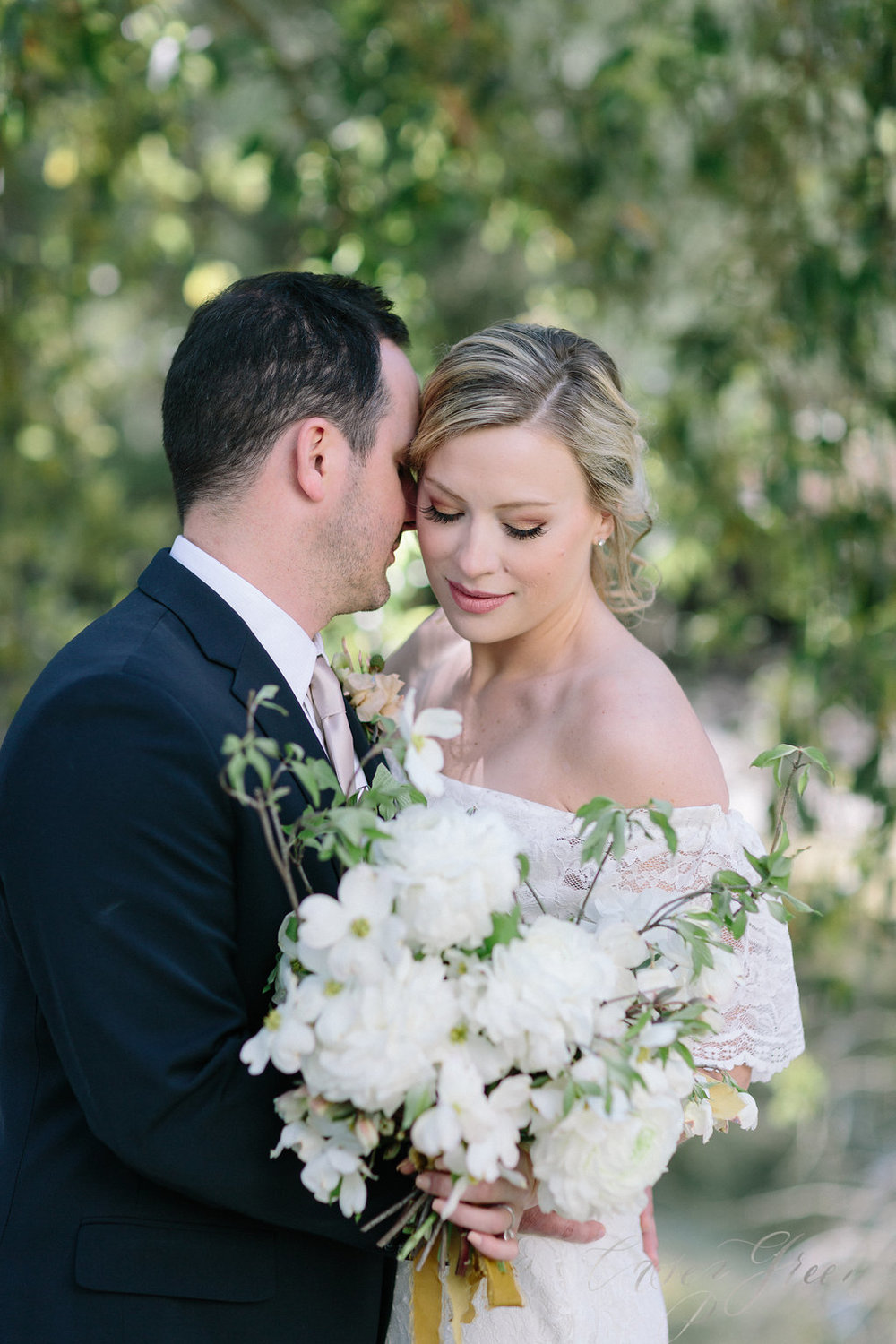 savannah-bridal-shop-ivory-and-beau-bridal-boutique-casey-green-photography-tybee-island-chapel-wedding-planning-mistakes-16.jpg