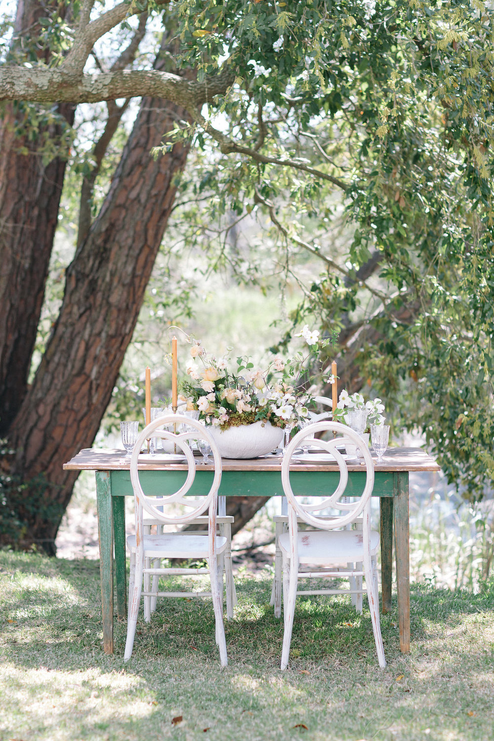 savannah-bridal-shop-ivory-and-beau-bridal-boutique-casey-green-photography-tybee-island-chapel-wedding-planning-mistakes-15.jpg