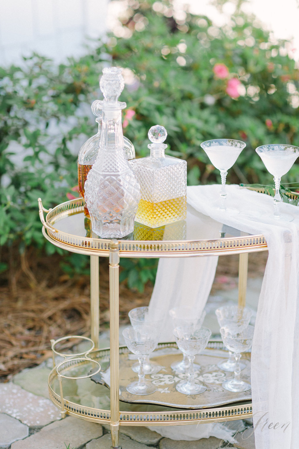 savannah-bridal-shop-ivory-and-beau-bridal-boutique-casey-green-photography-tybee-island-chapel-wedding-planning-mistakes-17.jpg