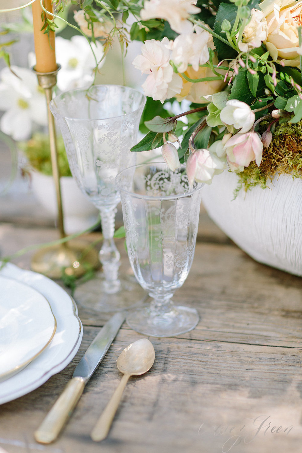 savannah-bridal-shop-ivory-and-beau-bridal-boutique-casey-green-photography-tybee-island-chapel-wedding-planning-mistakes-18.jpg