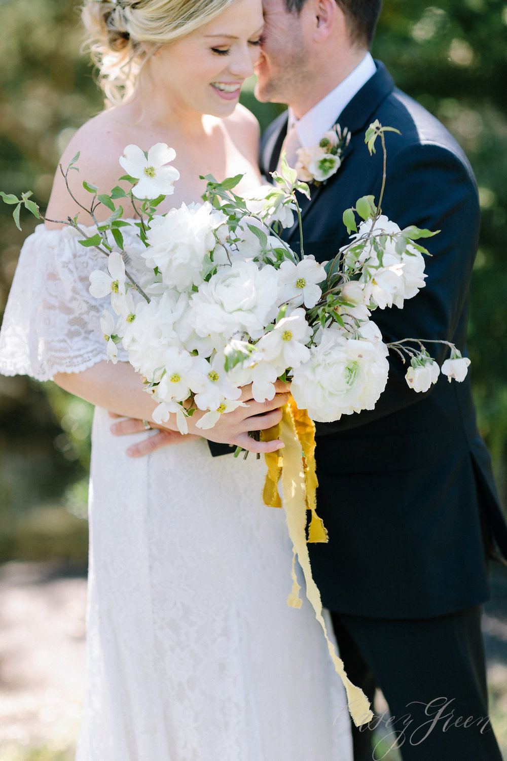 savannah-bridal-shop-ivory-and-beau-bridal-boutique-casey-green-photography-tybee-island-chapel-wedding-planning-mistakes-23.jpg