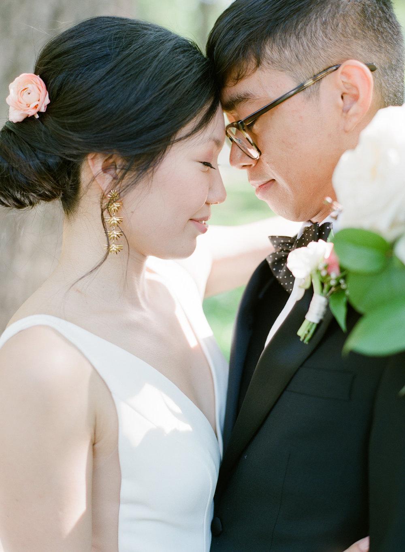 savannah-bridal-shop-savannah-florist-rio-and-amando-the-happy-bloom-photography-georgia-state-railroad-museum-wedding-i-and-b-florals-19.jpg