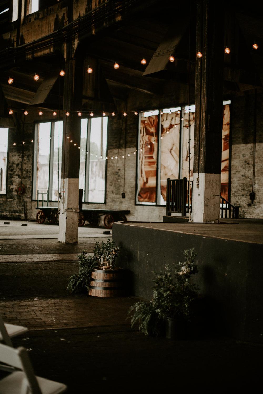 savannah-bridal-shop-andrea-and-mike-evergold-photography-georgia-state-railroad-museum-wedding-savannah-wedding-florist-savannah-wedding-planner-22.jpg