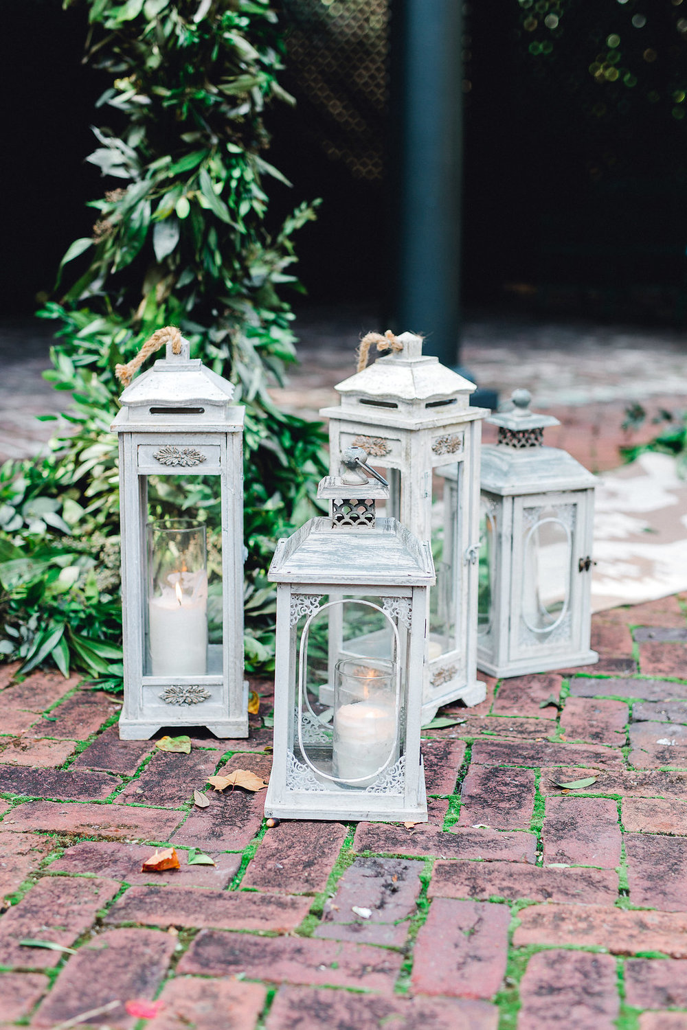 ships-of-the-sea-wedding-inspiration-lanterns-savannah-wedding-planner-savannah-event-designer-savannah-ceremony-wedding-inspiration-lanterns-wedding-inspiration.JPG