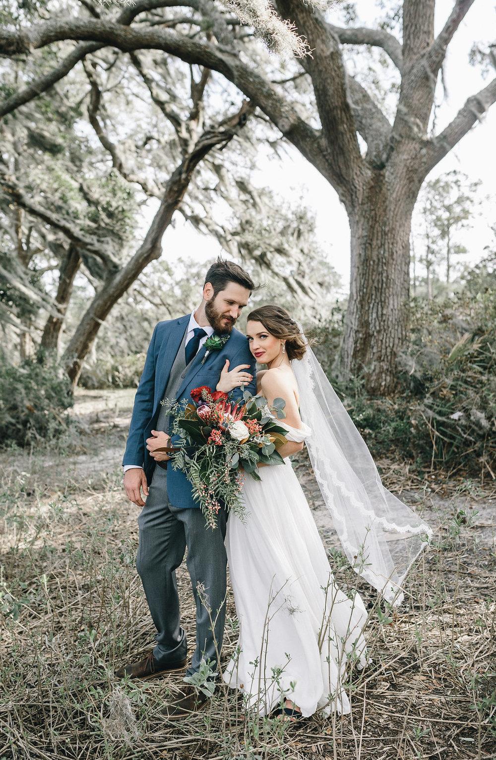 savannah-bridal-shop-i-and-b-couple-tim-and-amy-boho-marshland-wedding-in-savannah-mackensey-alexander-photography-17.jpg